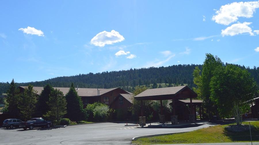 Buck's T-4 Lodge