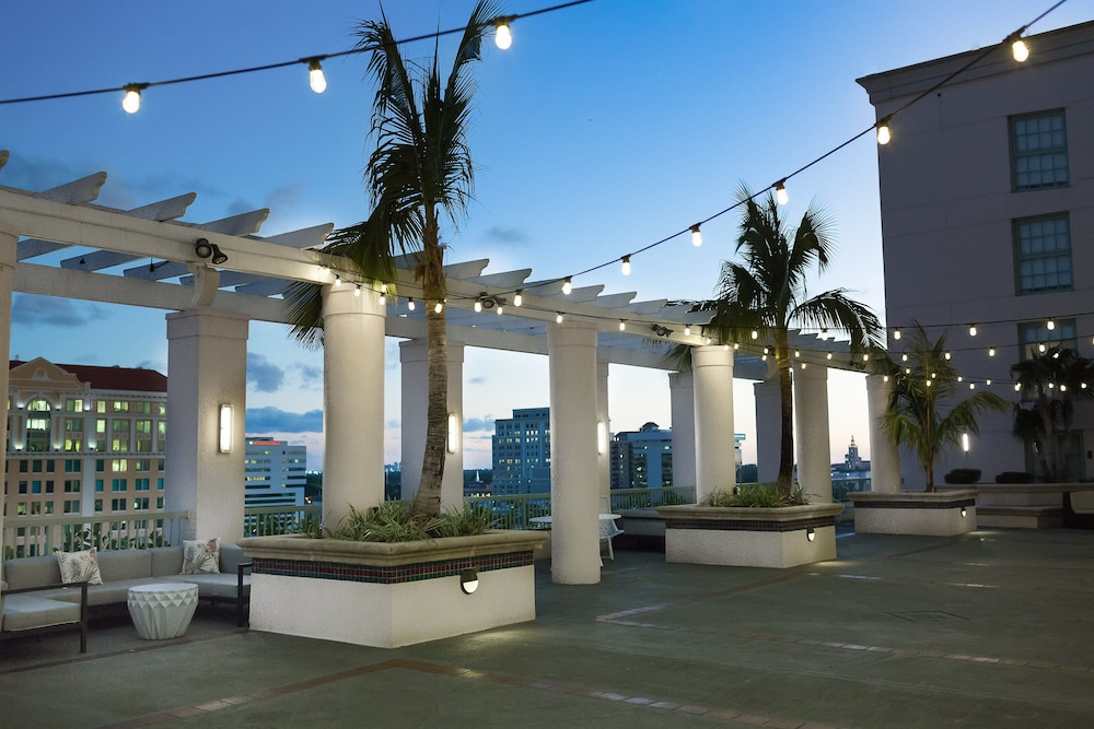 Terrace/Patio, Hotel Colonnade Coral Gables, Autograph Collection