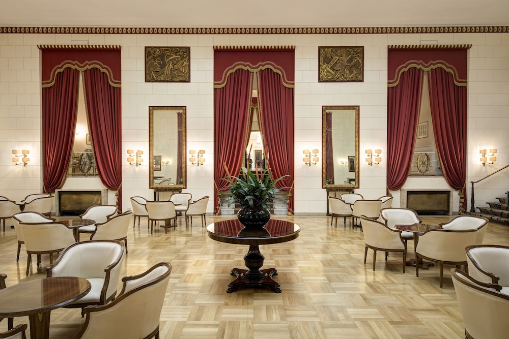 Reception, Hotel Quirinale