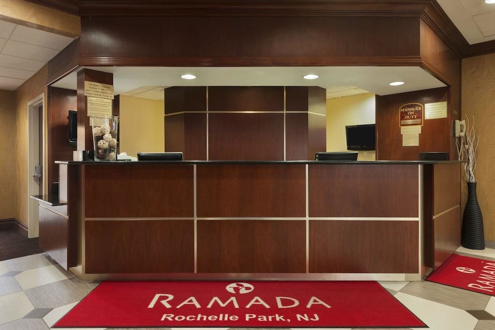 Ramada By Wyndham Rochelle Park Near Paramus In Fort Lee Hotel Rates Reviews On Orbitz