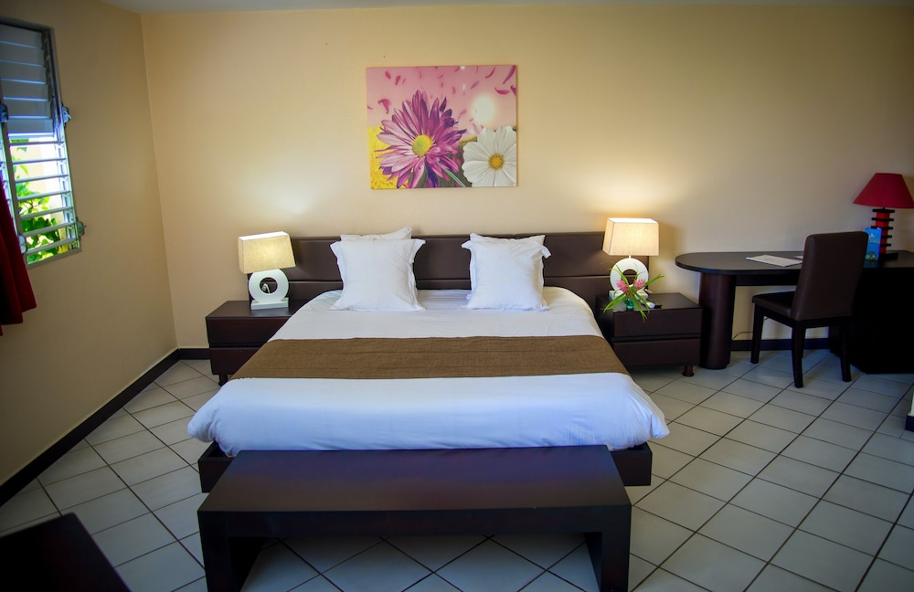 Canella Beach Hotel Le Gosier Expedia Fr