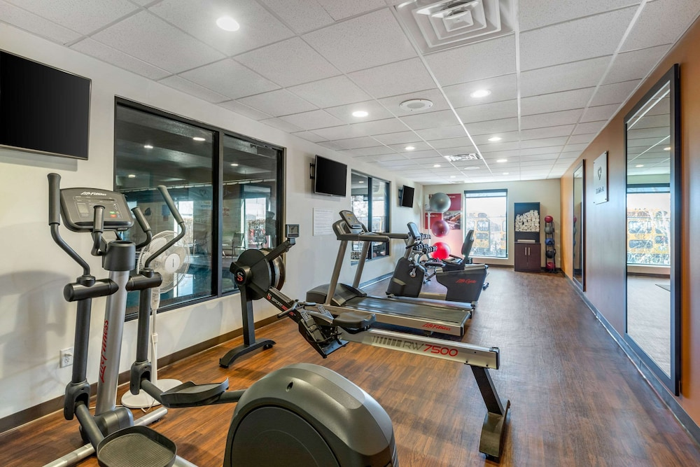 Fitness Facility, Comfort Suites Near Denver Downtown
