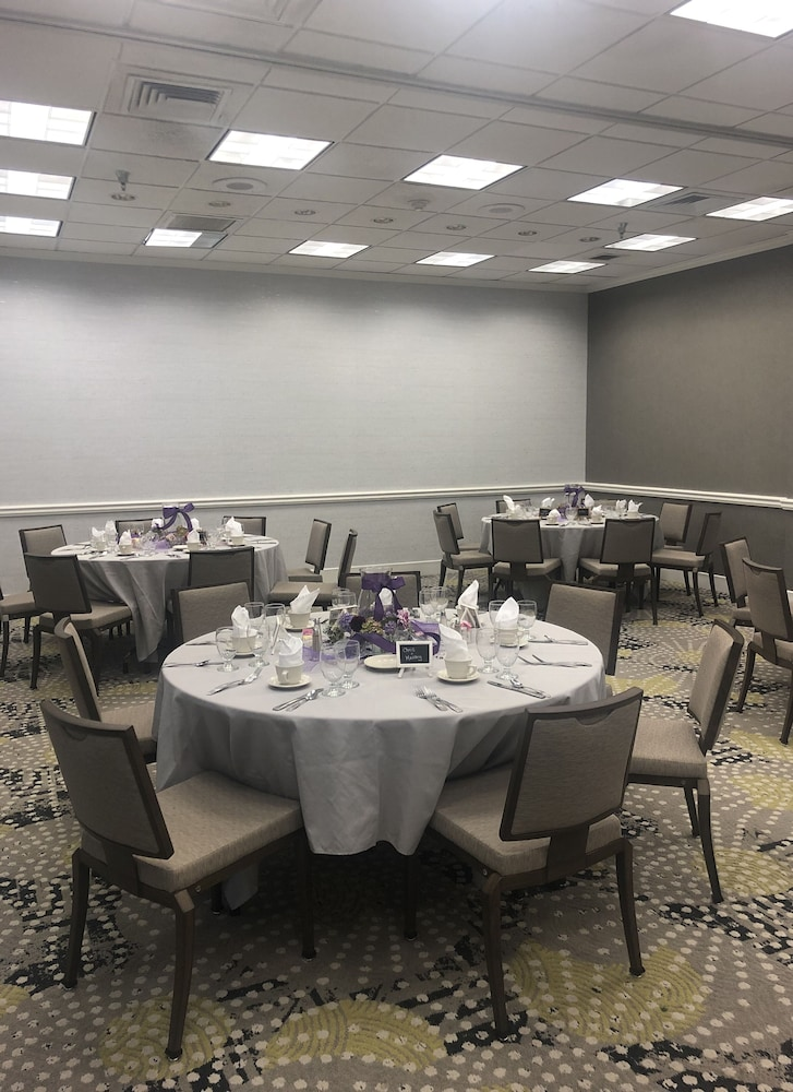 Banquet Hall, Holiday Inn Research Park, an IHG Hotel