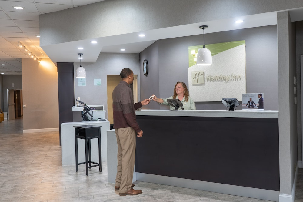 Reception, Holiday Inn Research Park, an IHG Hotel