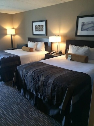 Room, Wingate by Wyndham Los Angeles International Airport LAX