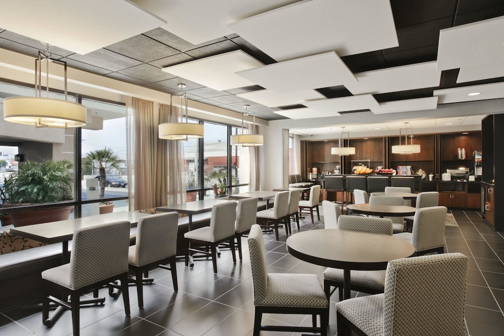 Property Amenity, Wingate by Wyndham Los Angeles International Airport LAX