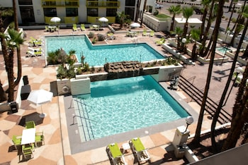 Holiday Inn Hotel & Suites Phoenix - Mesa / Chandler