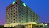 La Quinta Inn & Suites New Haven - New Haven Hotels
