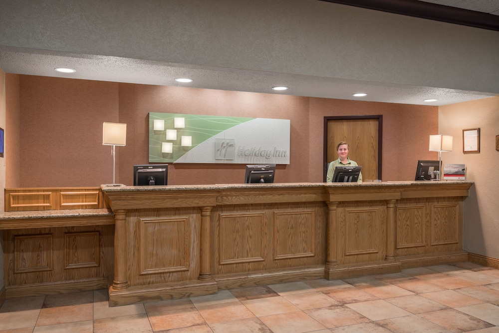 Lobby, Holiday Inn Hotel & Suites - St. Cloud, an IHG Hotel