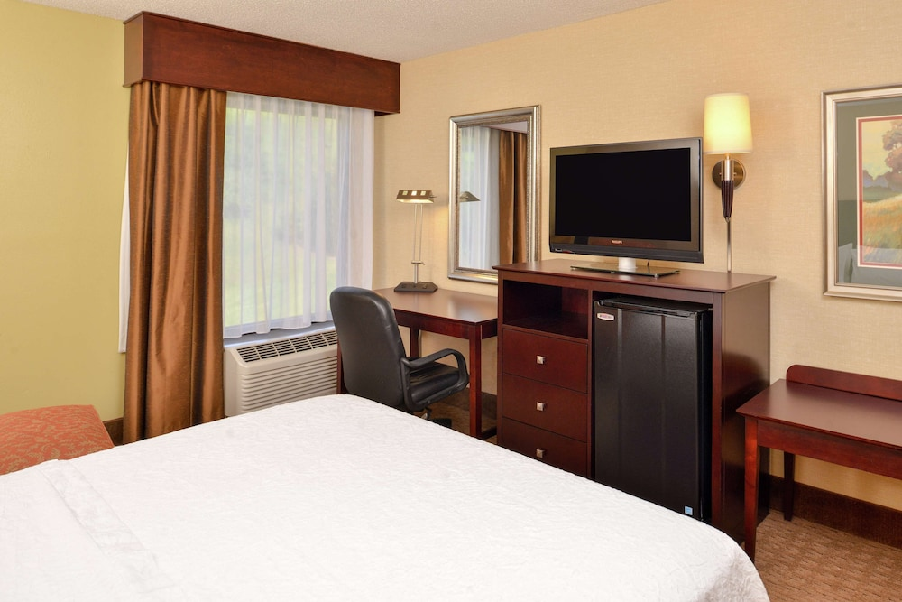 Room, Hampton Inn Staunton