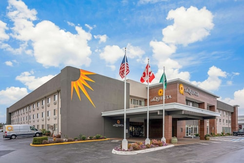 La Quinta Inn & Suites by Wyndham Seattle Federal Way