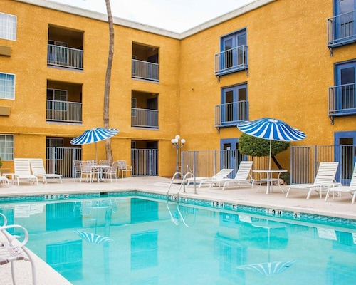 Check Expedia for Availability of Quality Inn Tucson Airport - East Valencia