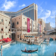 las vegas vacations travel cheap vacation packages rh cheaptickets com las vegas hotel and flight package deals las vegas hotel and flight packages venetian