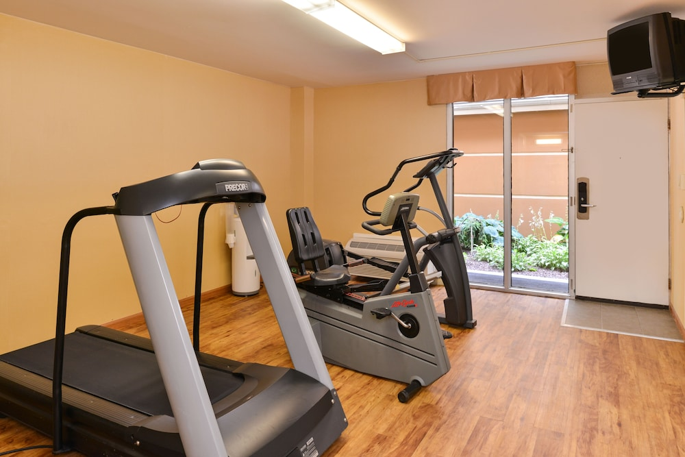 Gym, Quality Inn East Haven - New Haven