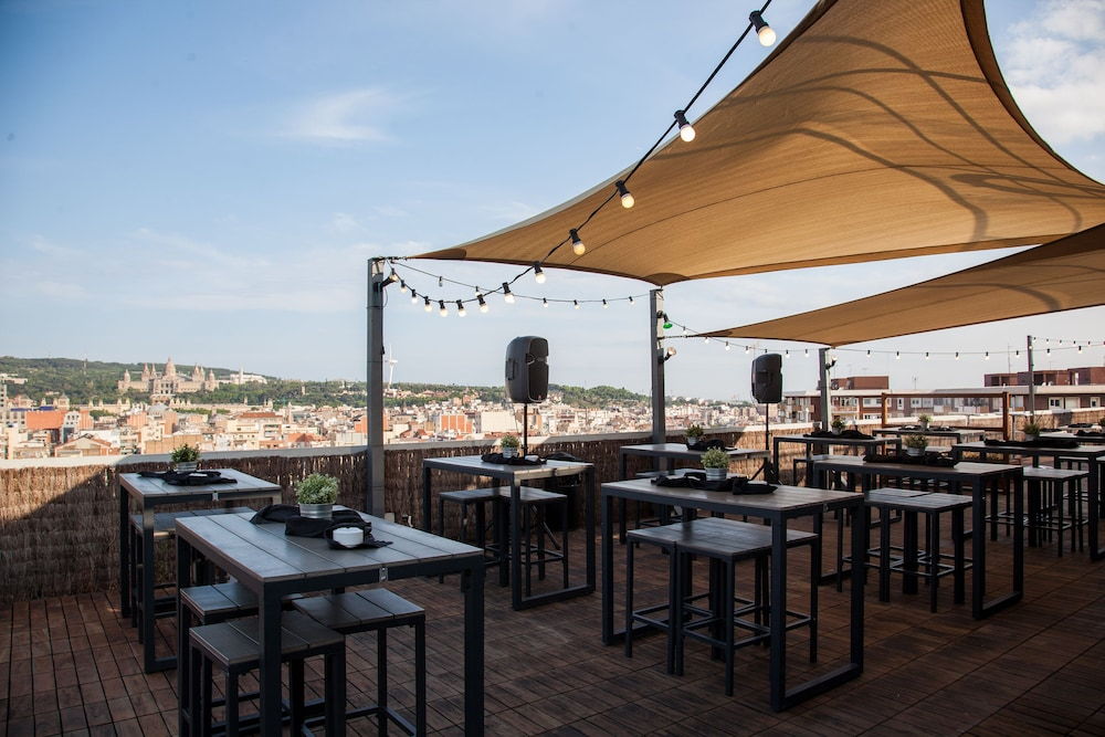 Outdoor Dining, Expo Hotel Barcelona