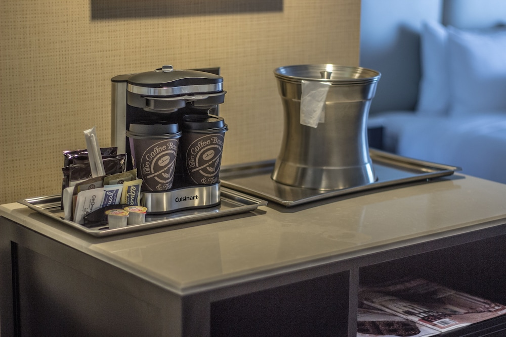 Coffee and/or Coffee Maker, The Waterfront Beach Resort, A Hilton Hotel