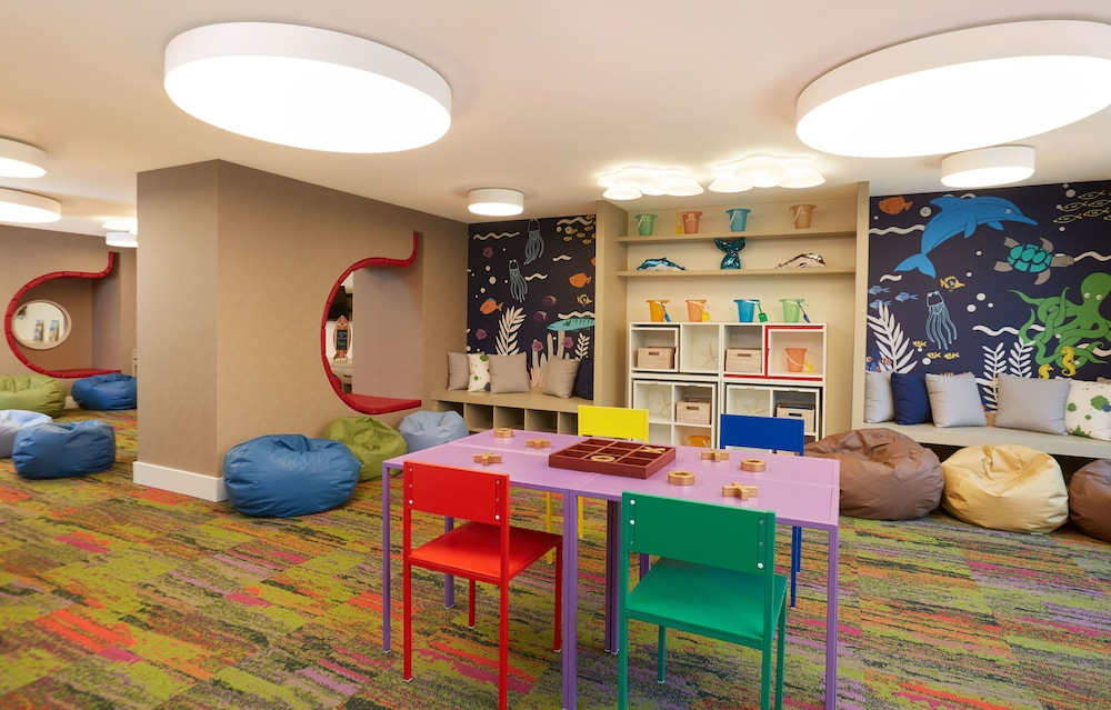 Children's Play Area - Indoor, The Waterfront Beach Resort, A Hilton Hotel