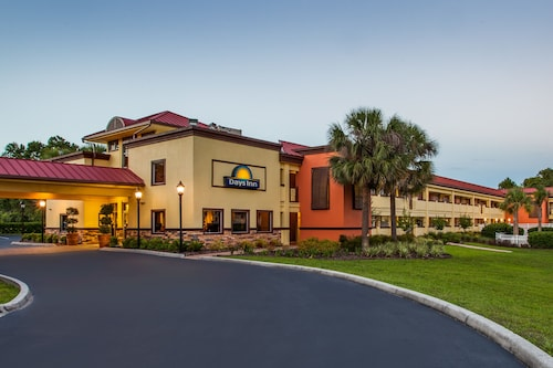 Check Expedia for Availability of Days Inn by Wyndham Brooksville
