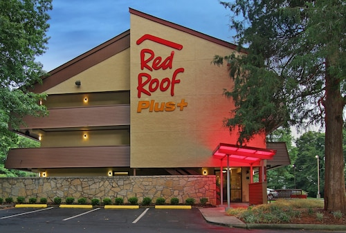 Red Roof Inn PLUS+ Atlanta - Buckhead