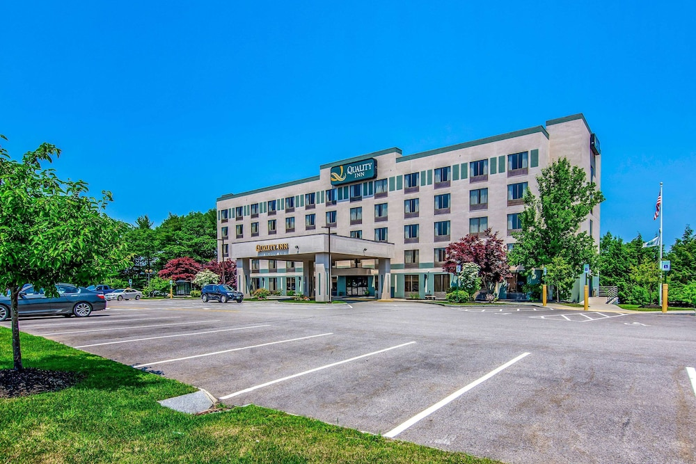 Featured Image, Quality Inn