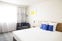 Executive Room, 1 Queen Bed, Balcony