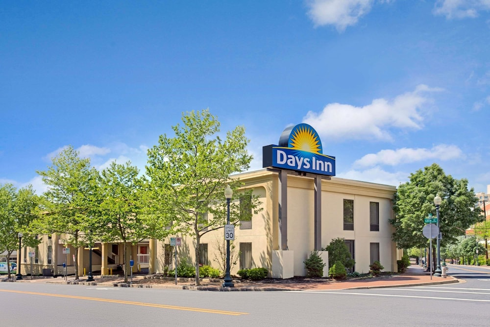 Featured Image, Days Inn by Wyndham Silver Spring