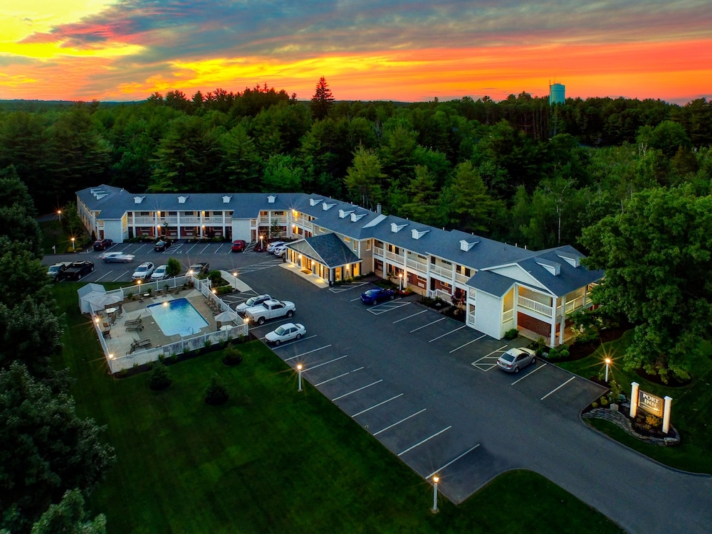 Exterior, Port Inn & Suites Kennebunk, Ascend Hotel Collection