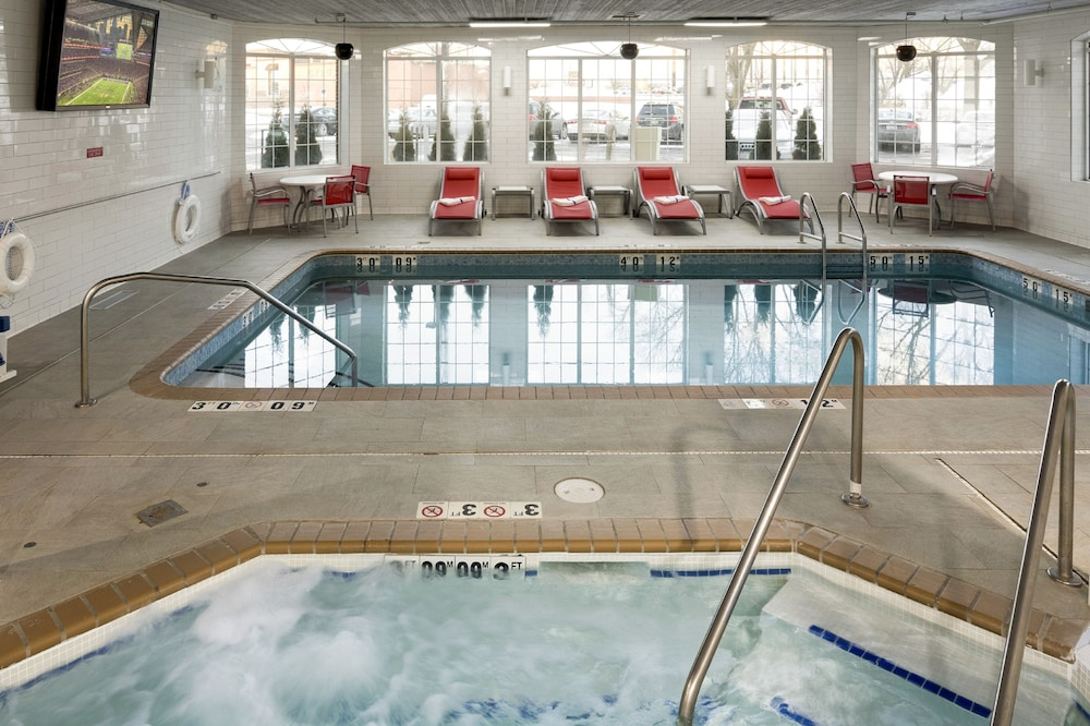 Indoor Pool, Holiday Inn : Bloomington W MSP Airport Area, an IHG Hotel