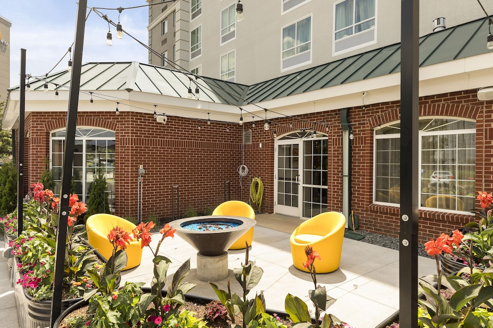 Exterior, Holiday Inn : Bloomington W MSP Airport Area, an IHG Hotel