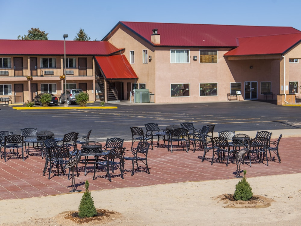 Mountain View Lodge In Cedar City Hotel Rates Reviews