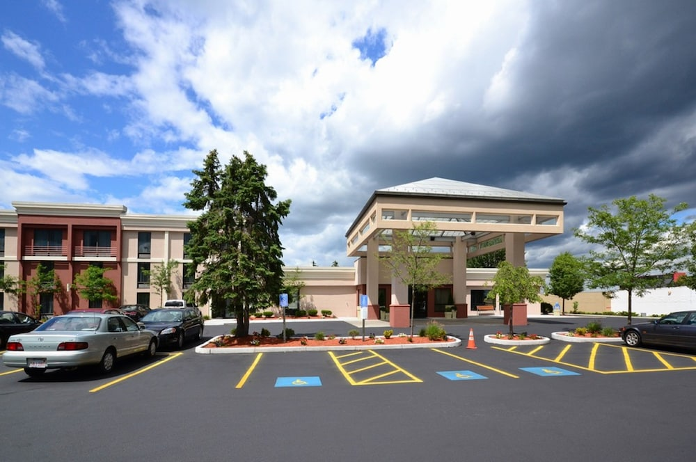 Exterior, Holiday Inn Express Brockton - Boston, an IHG Hotel