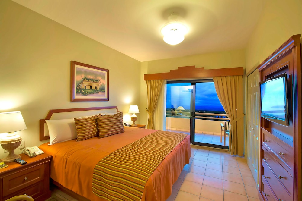 Room, Paradise Village Beach Resort and Spa