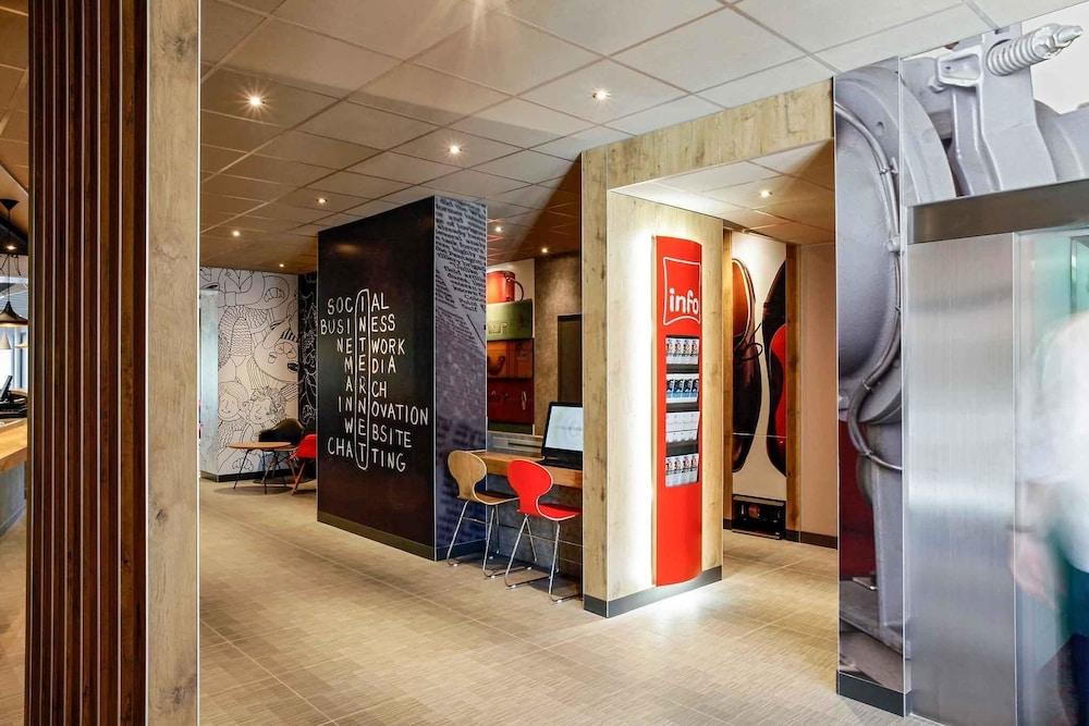 Hotel Ibis Hy Ef Bf Bdres Centre