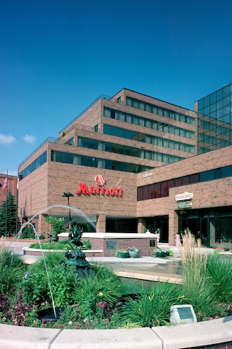 Marriott East Lansing at University Place