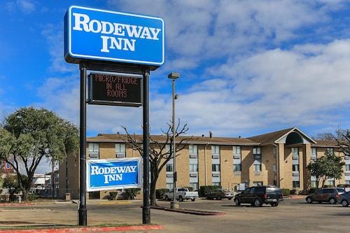 Great Place to stay Rodeway Inn near Austin