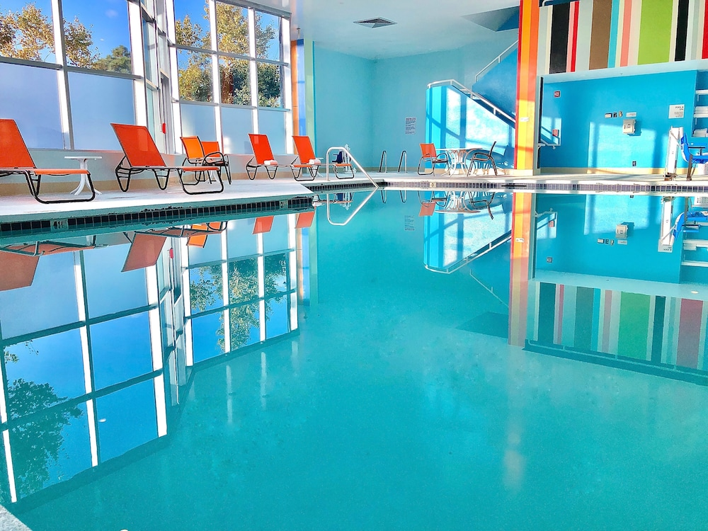 Indoor Pool, Hotel Huntington Beach
