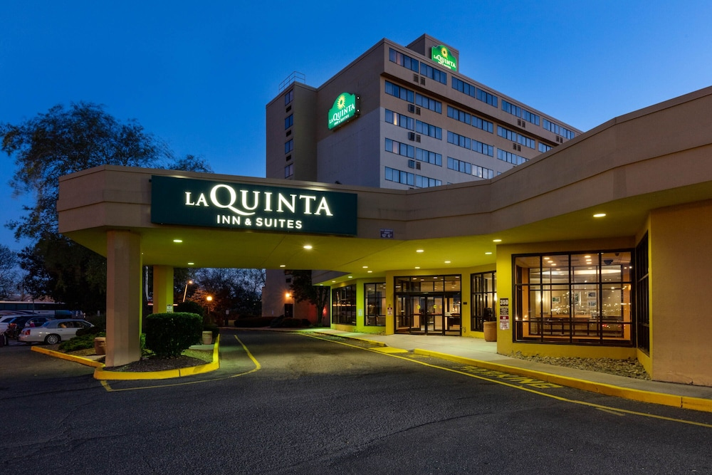 Featured Image, La Quinta Inn & Suites by Wyndham Secaucus Meadowlands
