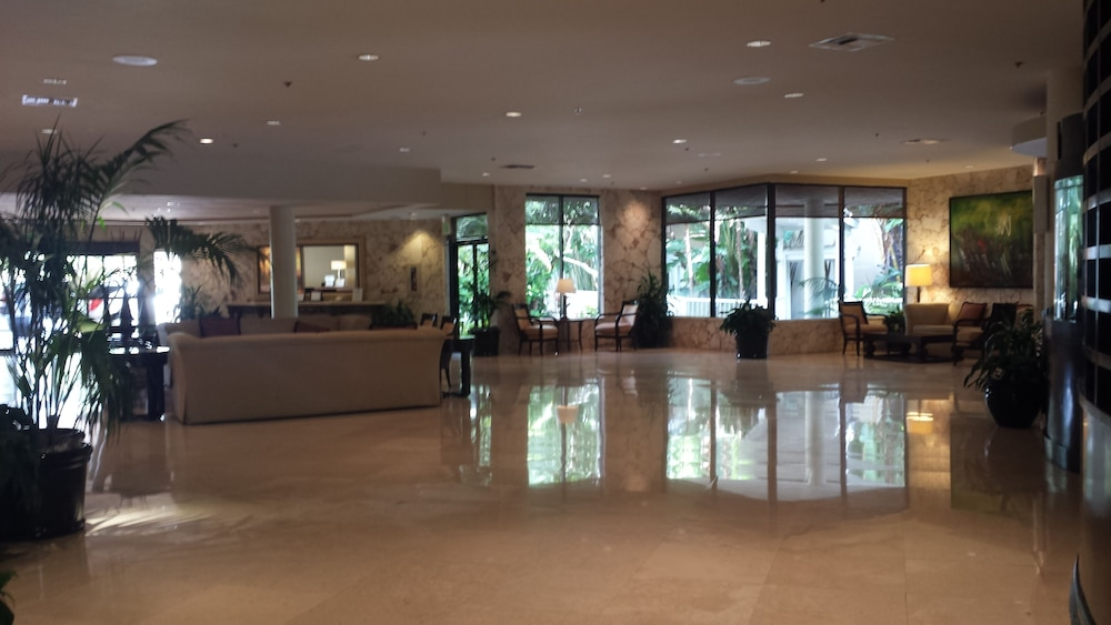 Lobby, Bonaventure Resort and Spa