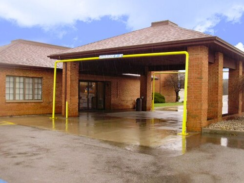 Baymont Inn And Suites Summersville