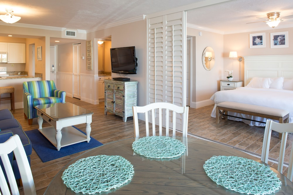 Room, Sundial Beach Resort & Spa