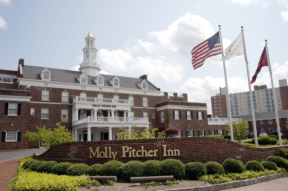 Exterior detail, Molly Pitcher Inn