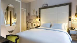 In-room safe, soundproofing, free WiFi, bed sheets