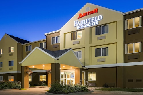 Great Place to stay Fairfield Inn & Suites Oshkosh near Oshkosh