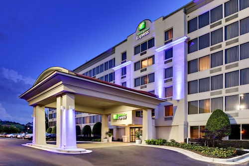 Great Place to stay Holiday Inn Express - Atlanta/Kennesaw near Kennesaw