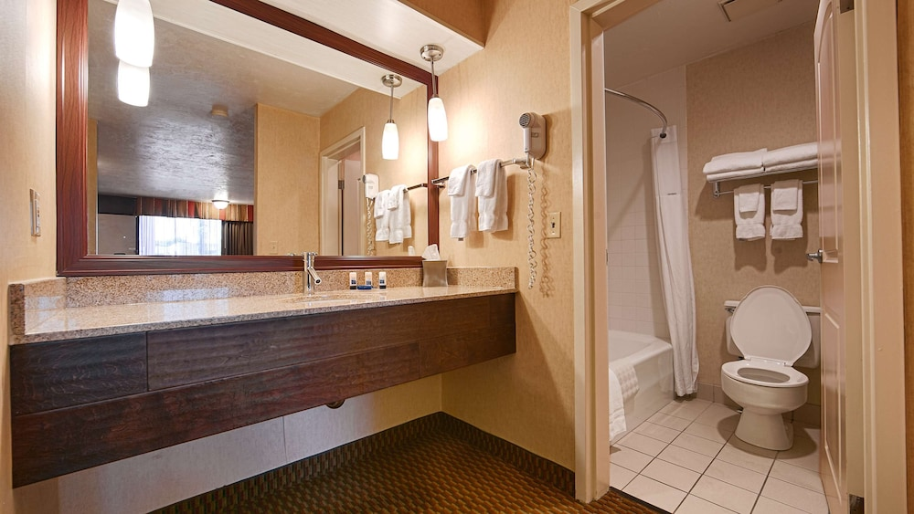 Bathroom, Best Western Plus Weston Inn