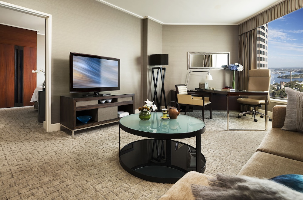 Living Area, Four Seasons Hotel Sydney