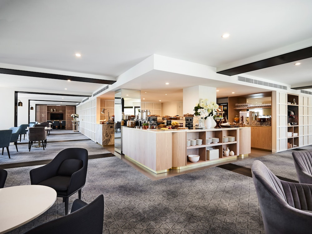 Executive Lounge, Four Seasons Hotel Sydney