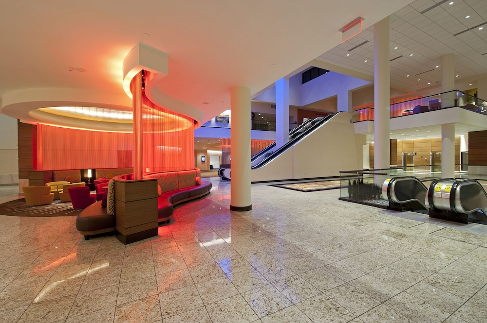 Meeting Facility Featured Image Interior Entrance