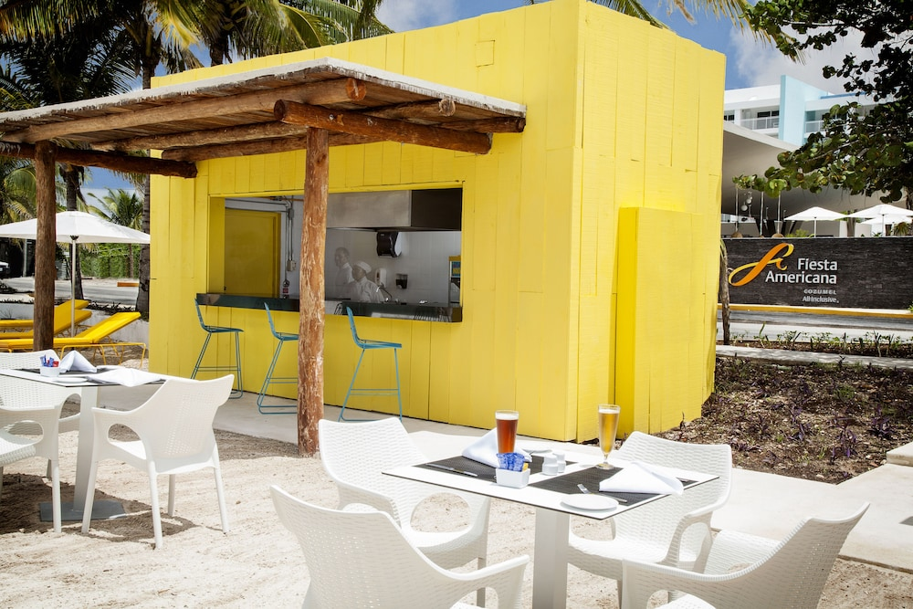 Snack Bar, Fiesta Americana Cozumel - All Inclusive