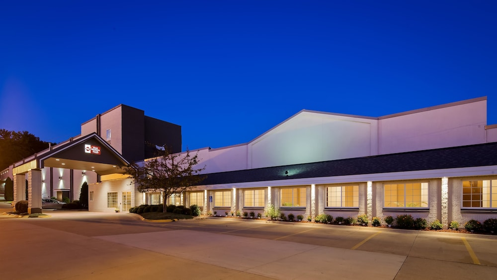 Exterior, Best Western Plus Longbranch Hotel & Convention Center
